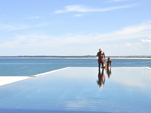 Também em José Ignacio, um dos hotéis mais exclusivos do Uruguai, com diárias que podem chegar a milhares de dólares (Foto: Zizo Asnis)