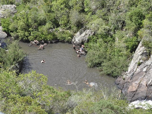 Mais para o interior, em Villa Serrana ficam as corredeiras do Salto do Penitente (Foto: Zizo Asnis)