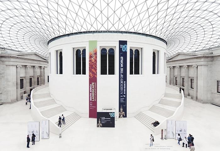 Interior do Museu Britânico   Foto por mx2.de