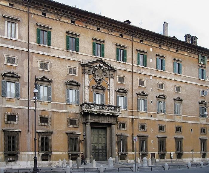 Fachada do Palácio de Borghese   Foto por By Manfred Heyde via Wikimedia Commons
