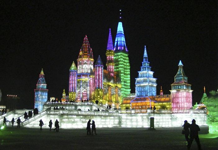 Construções gigantescas feitas em gelo | Foto por Rincewind42