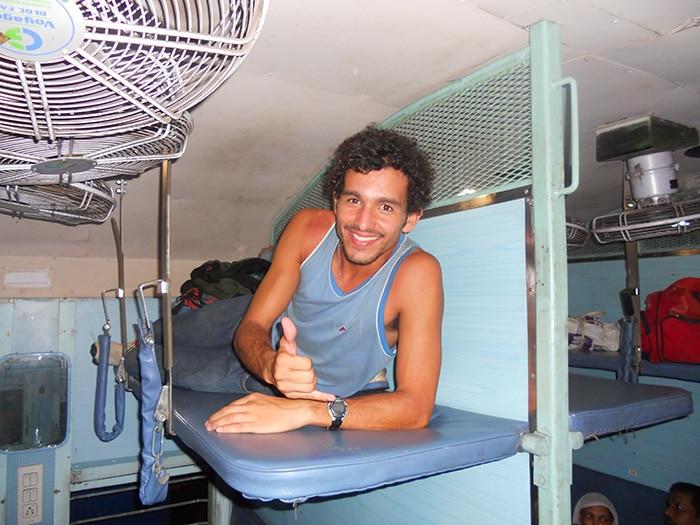 Interior do trem na 2ª classe | Foto Pedro Henrique Ferreira/arquivo pessoal