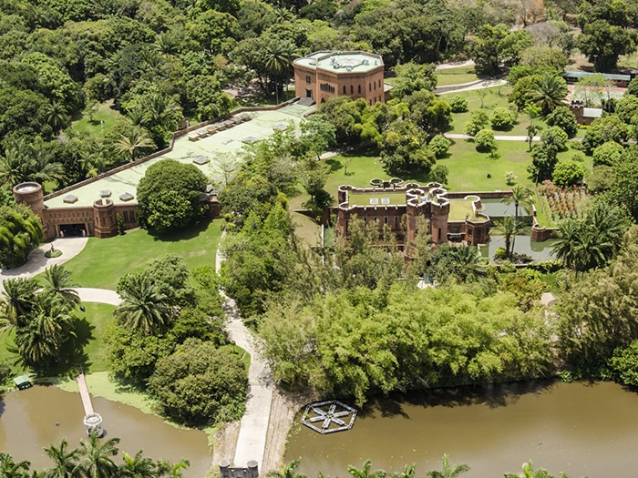 Instituto Ricardo Brennand, no bairro da Várzea, | Foto por Portal da Copa/ME via Wikimedia Commons
