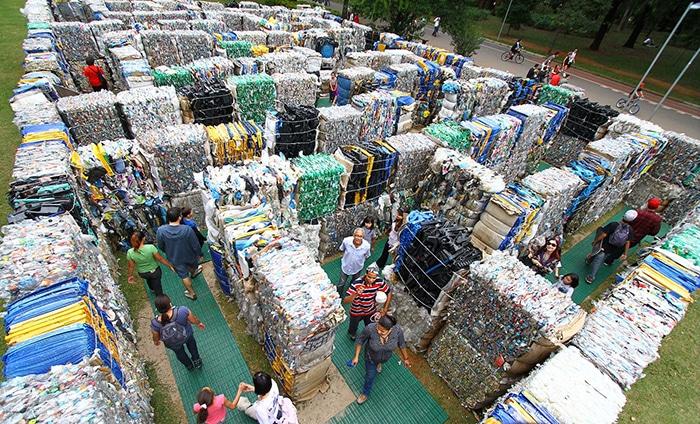 Labirinto de material reciclável | Foto por Eduardo Srur