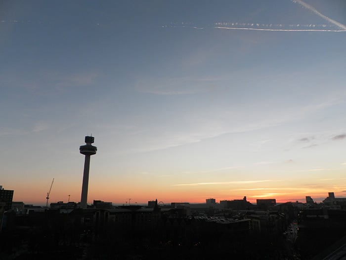 Pôr do sol visto da Biblioteca de Liverpool | Foto por José Jayme