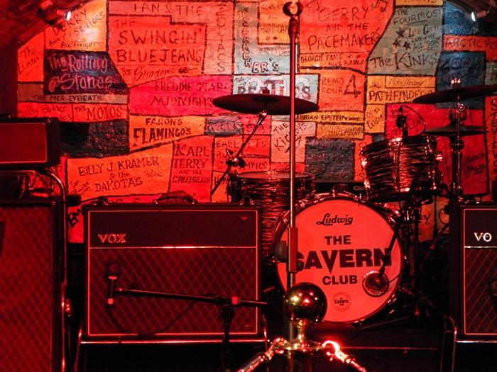 O Cavern Club tem shows de hora em hora | Foto por José Jayme