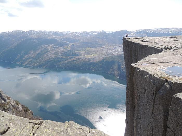 A vista do Preikestolen – de tirar o fôlego   Foto por Sabrina Levensteinas