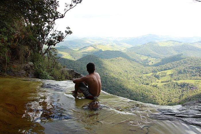 Janela do Céu, ponto mais conhecido do Parque de ibitipoca | Foro por Bruna Cazzolato Ribeiro