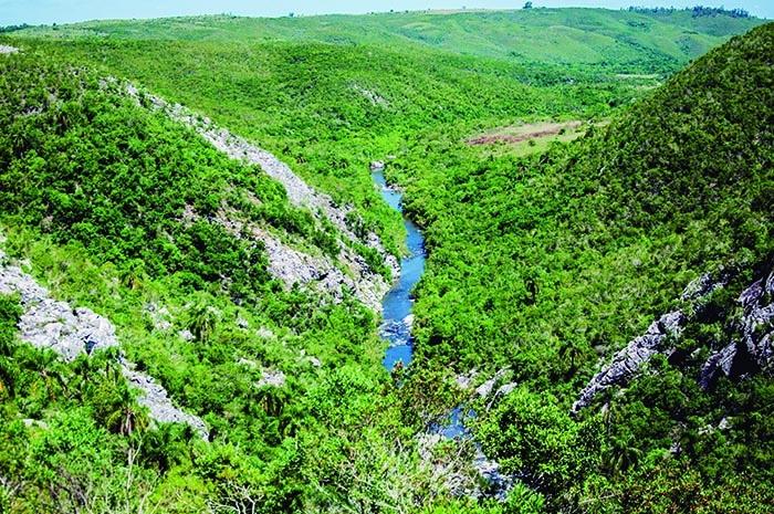 Quebrada de los Cuervos, Treinta y Tres | foto Zizo Asnis