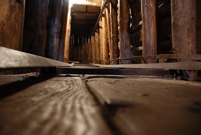 Hoje existe o Sarajevo Tunnel Museum   Foto por flöschen (CC BY-NC-SA 2.0)