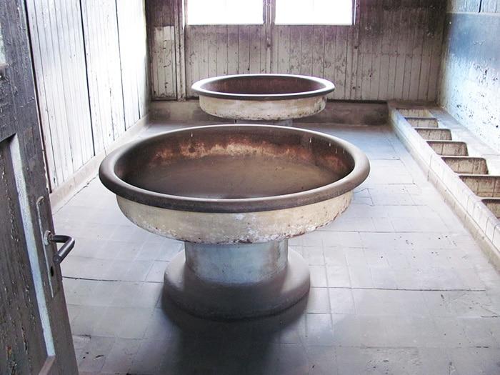 Os lavatórios   Foto por Poliana Mendonça