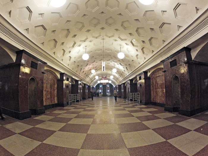 Krasnye Vorota, uma das primeiras estações do metrô, inaugurada em 1935 | Foto por Andrey Kryuchenko/Wikimedia Commons