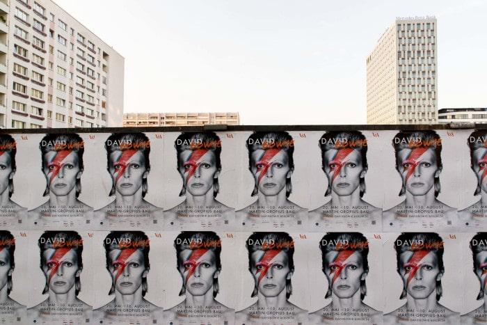 David Bowie foi tema de exposição em Berlim, em 2014 | Foto por Songkran (CC BY-NC SA)