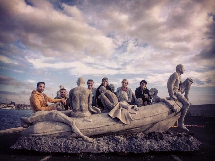 """Raft of Lampedusa"" antes de ir para o fundo do mar | Facebook/Jason deCaires Taylor"