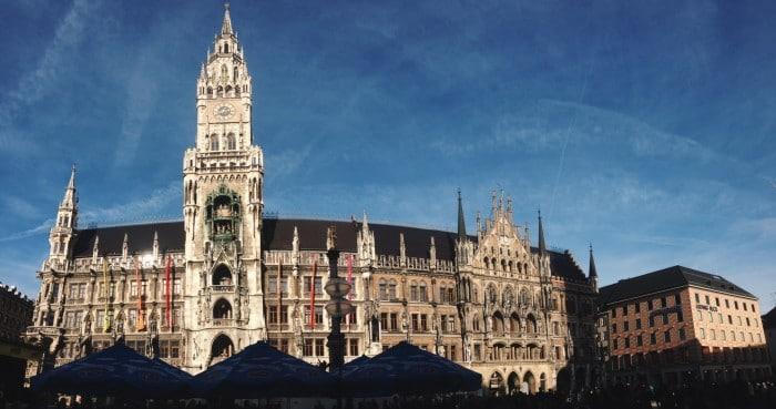Marienplatz, em Munique, capital e maior cidade da Baviera | Foto por Jamile Diniz