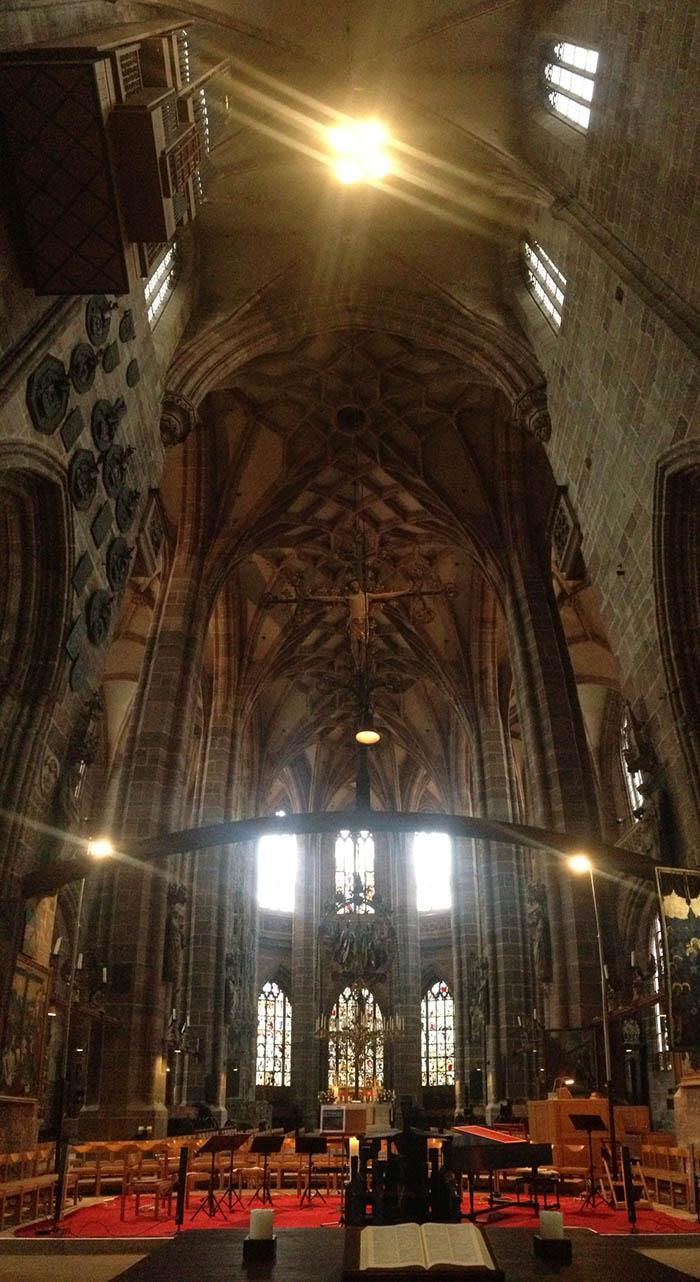 Interior da Igreja St. Lorenz | Foto por Jamile Diniz