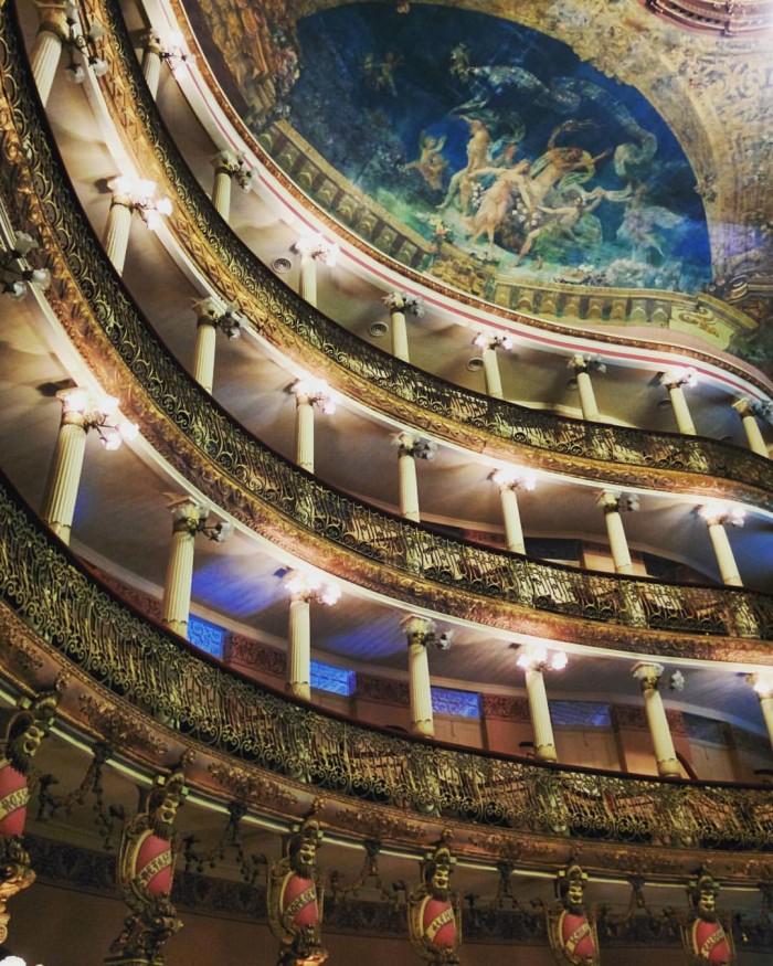 O magnífico Teatro Amazonas | Por Carolina Pera