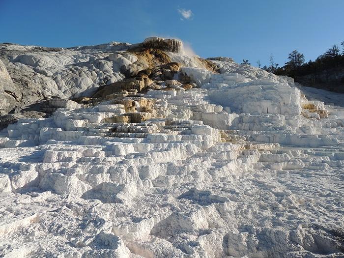 Mammoth Springs | Foto Sabrina Levensteinas