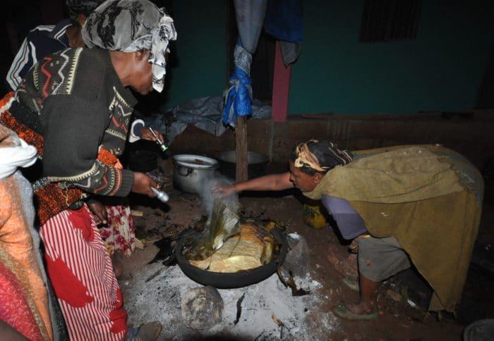 12 mulheres cozinha