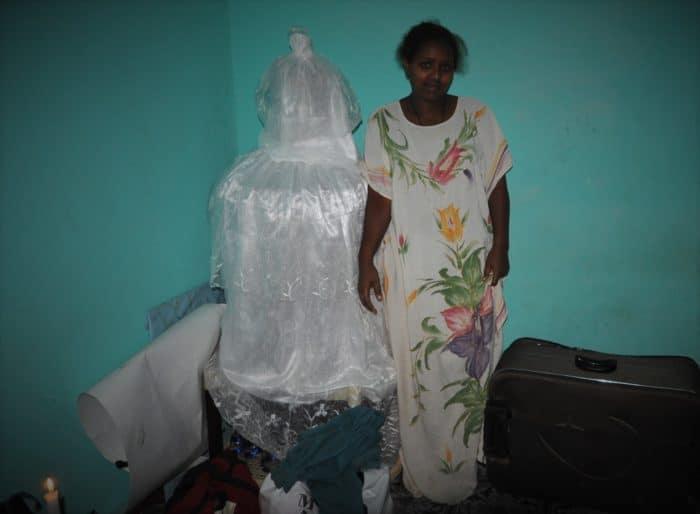 8 noiva mostra vestido