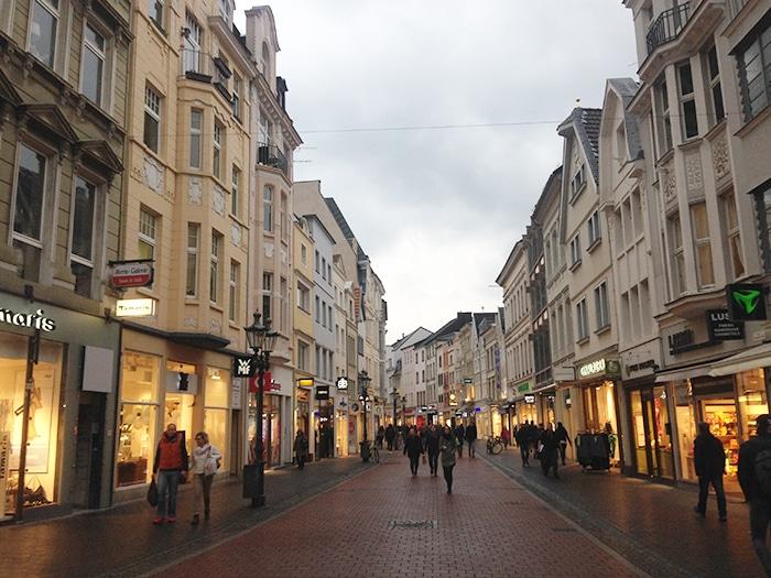 Rua de pedestres em Bonn | Jamile Diniz