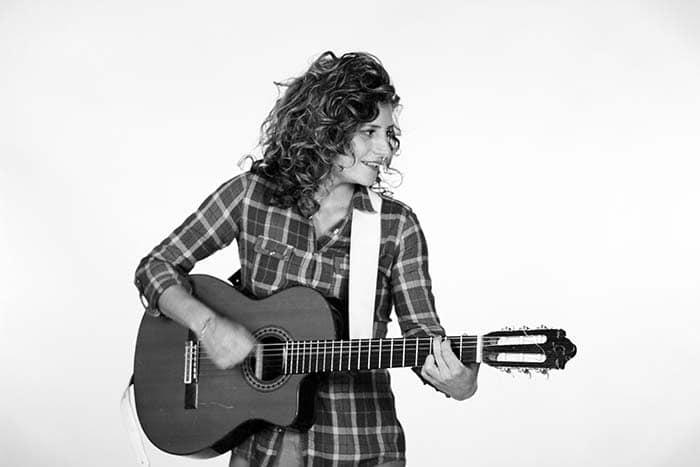 Ana Prada, cantora uruguaia