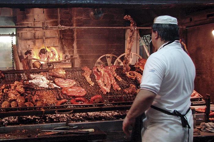 Tradicional almoço montevideano   Zizo Asnis