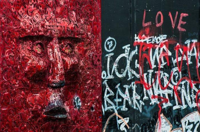 Detalhes do muro que dividiu Belfast   Foto Henrique Kugler