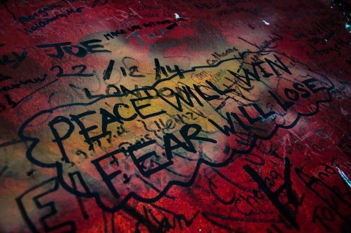 """A paz vai vencer e o medo vai perder""   Foto Henrique Kugler"