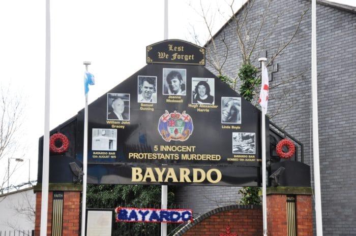Homenagem às vítimas do Ataque do Bayardo Bar, em Belfast, 1975 | Foto Zizo Asnis