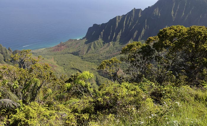 Vista a partir do Kalalau Valley | Foto Brian (CC BY-NC 2.0)