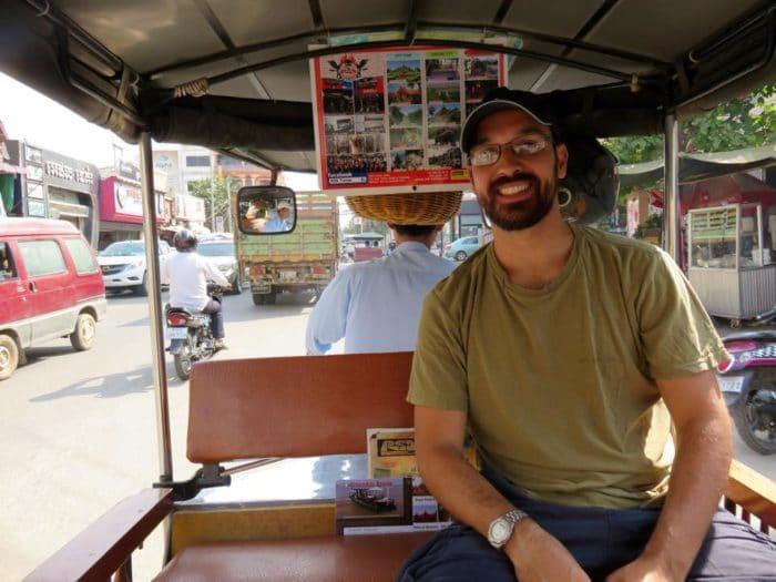 Tuk tuk, meio de transporte muito comum no Camboja