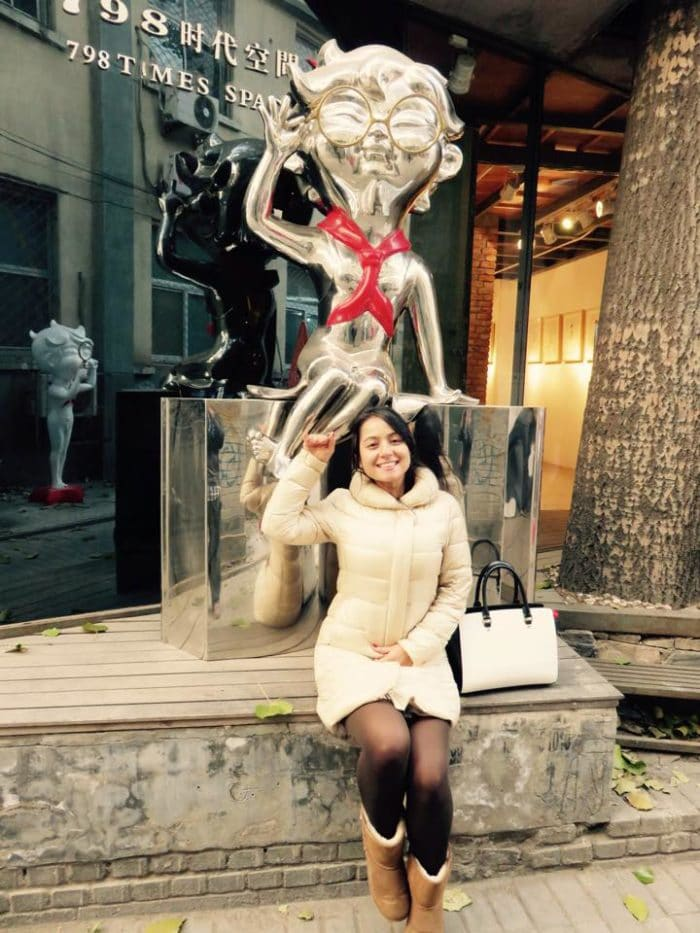 Esculturas inusitadas como essa são vistas pelas ruas do Distrito 798