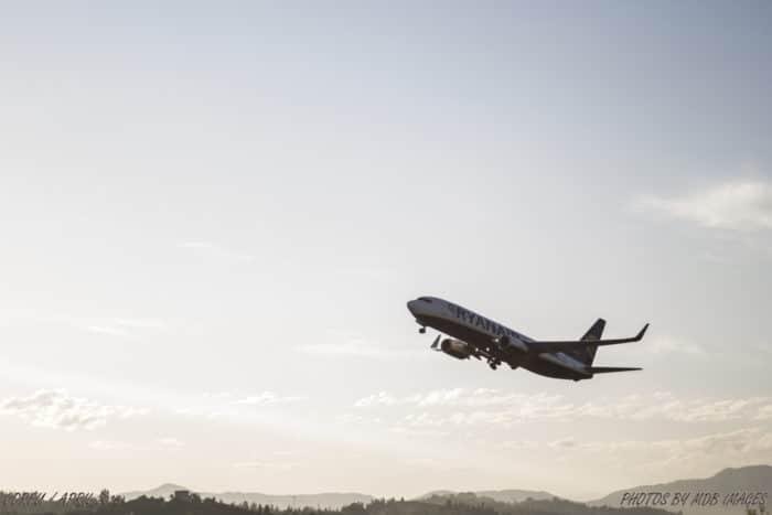 Ryanair, a mais conhecida companhia low-cost da Europa   Foto Mathew Bedworth