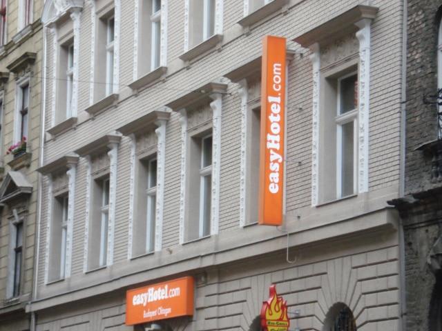 Rede de hotéis EasyHotel está presente em vários países da Europa | Foto Jillian C. York (CC BY-NC SA 2.0)